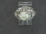 Lot: 8726 - PLATINUM DIAMOND RING
