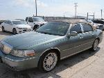Lot: B909151 - 2006 LINCOLN TOWNCAR - KEY / STARTED