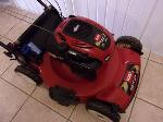 Lot: A7867 - Toro Recycler 22 Self Propelled Lawn Mower