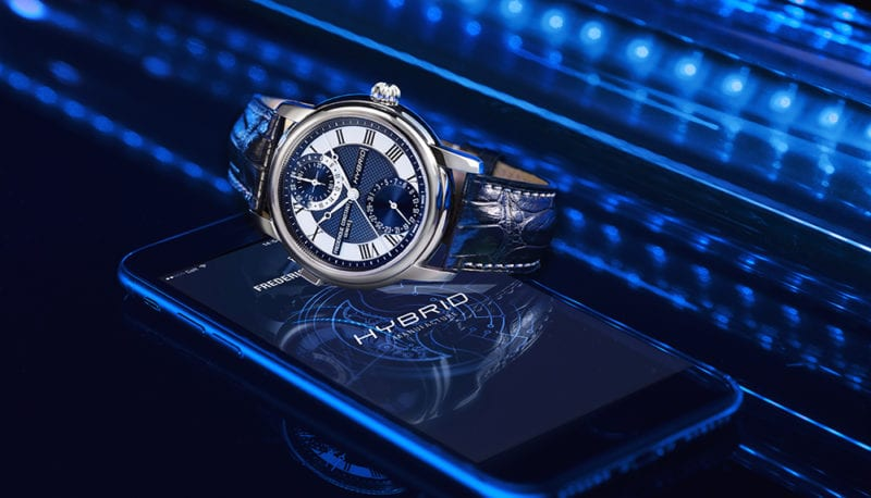 Hybrid Image of watch with smartphone