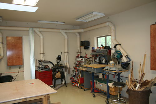 Workshop layout with dust collection by mbs woodworking community for Dust collection system design home shop