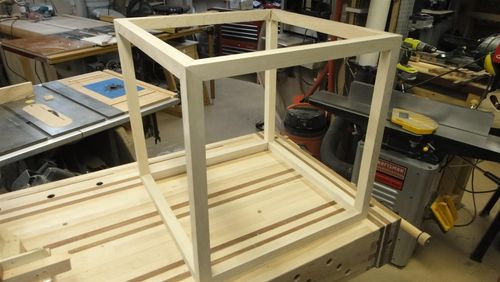 Best way to make an open-faced plywood cube? : woodworking