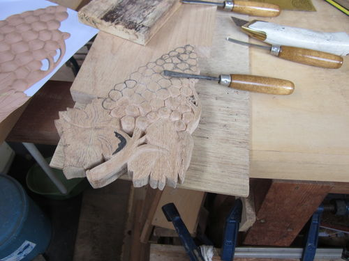 learning wood carving