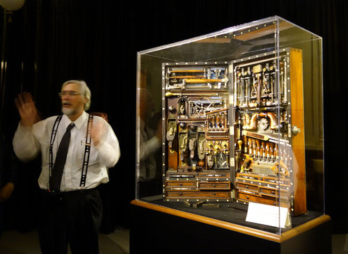 Handworks Event 2015 2 H O Studley Tool Chest And