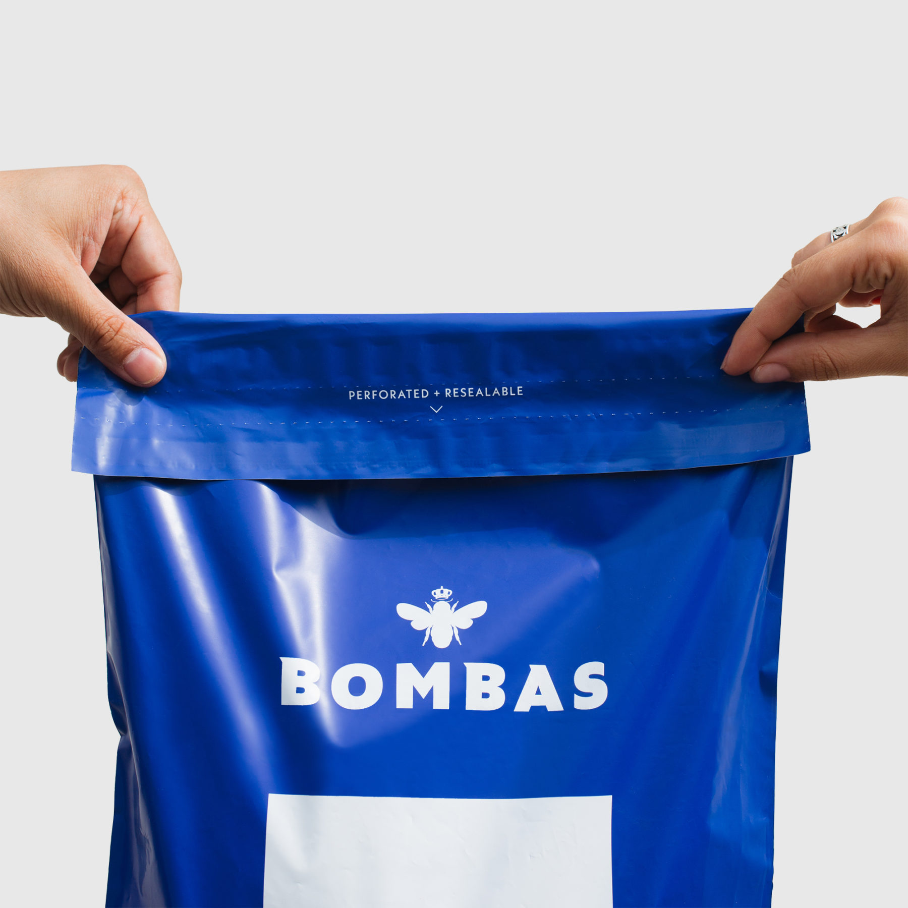 Bombas uses Lumi to produce Poly Mailers with tear strips and adhesive strips for easy returns. Watch our full unboxing video. Packaging Strategies for Efficient Returns