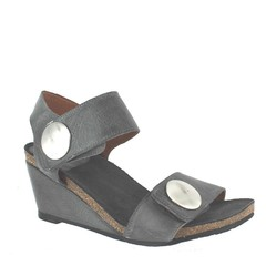 Taos Carousell Wedges