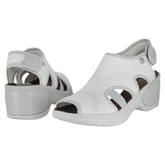 Naturalizer Kiss Wedge Sandals