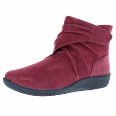 Clarks Sillian Tana Ankle Bootie