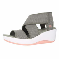 Clarks Step Cali Palm Ankle Hook And Loop Strap