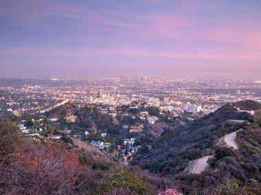 Los_Angeles_Winter_Runyon_Canyon_cc_Shutterstock_oneinchpunch.jpg