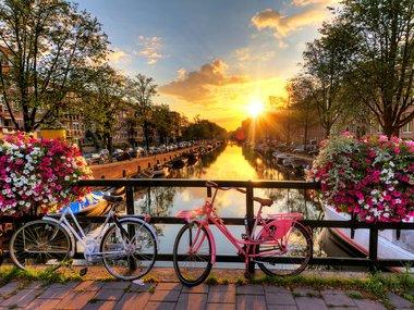 Amsterdam Context 01