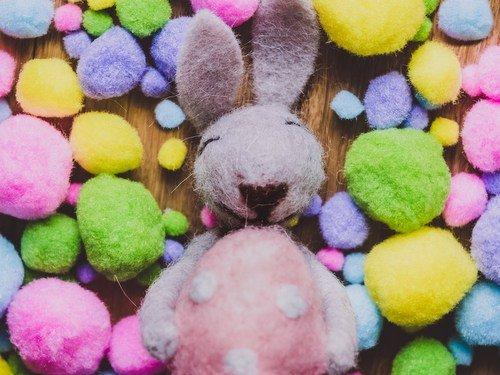 Easter Bunny Pom Pom