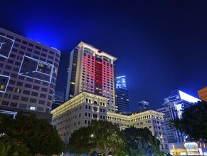 Peninsula Hong Kong Night View