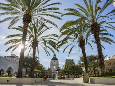 Pasadena_Town_Hall