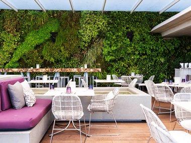 miami-best-outdoor-dining-juvia-02.jpg