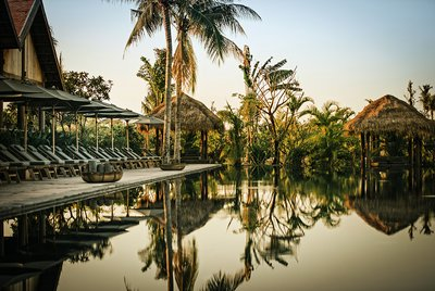 phumbaitang_siemreap_cambodia_pool.jpg
