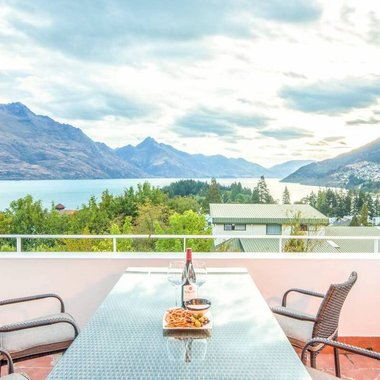 Terrace_Queenstown_StayOneDegree