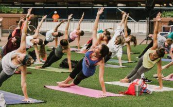 Thursday Morning Yoga at the Park at Wrigley