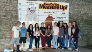 Lebanon Valley College biology students visit Hersheypark ZooAmerica to study animal behavior