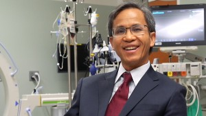 Lebanon Valley College alumnus Dr. Si Pham talks at the Mayo Clinic