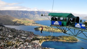 LVC students go bungee jumping in New Zealand