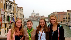 A group of LVC students study abroad in Spain
