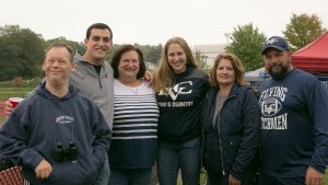 A LVC student and her family enjoy homecomming