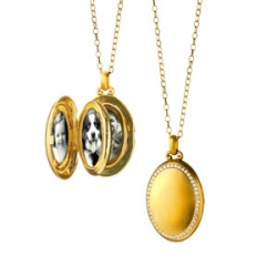 4-Image Oval Locket with Diamond Border