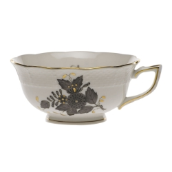 Chinese Bouquet Black Tea Cup