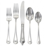 Berry & Thread Five piece Place Setting