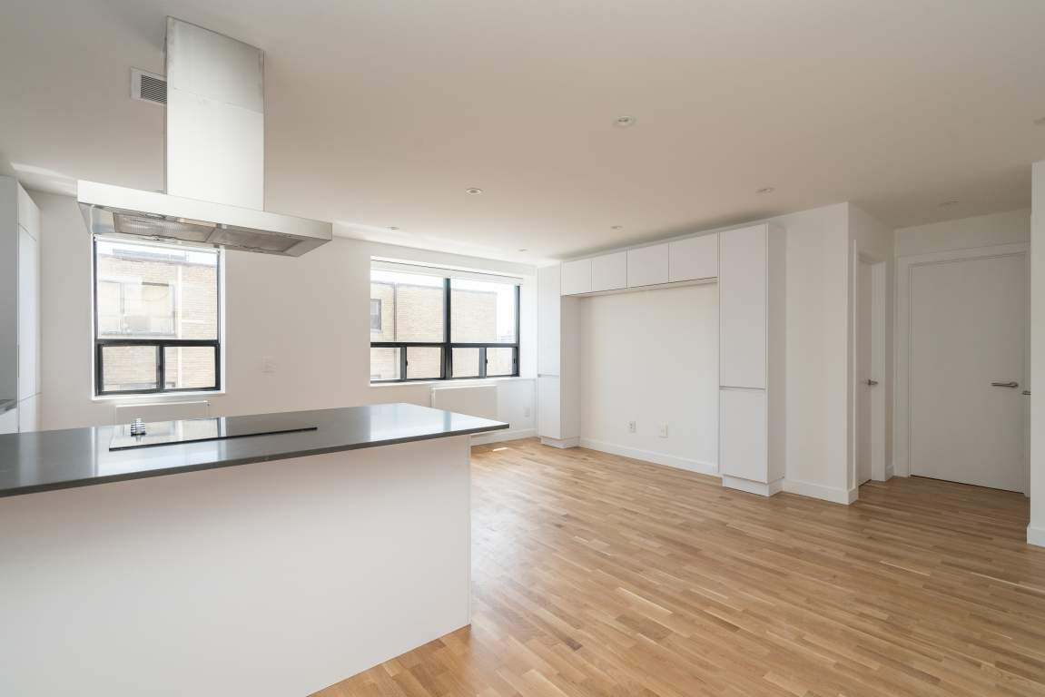 East York Apartment for rent, click for more details...