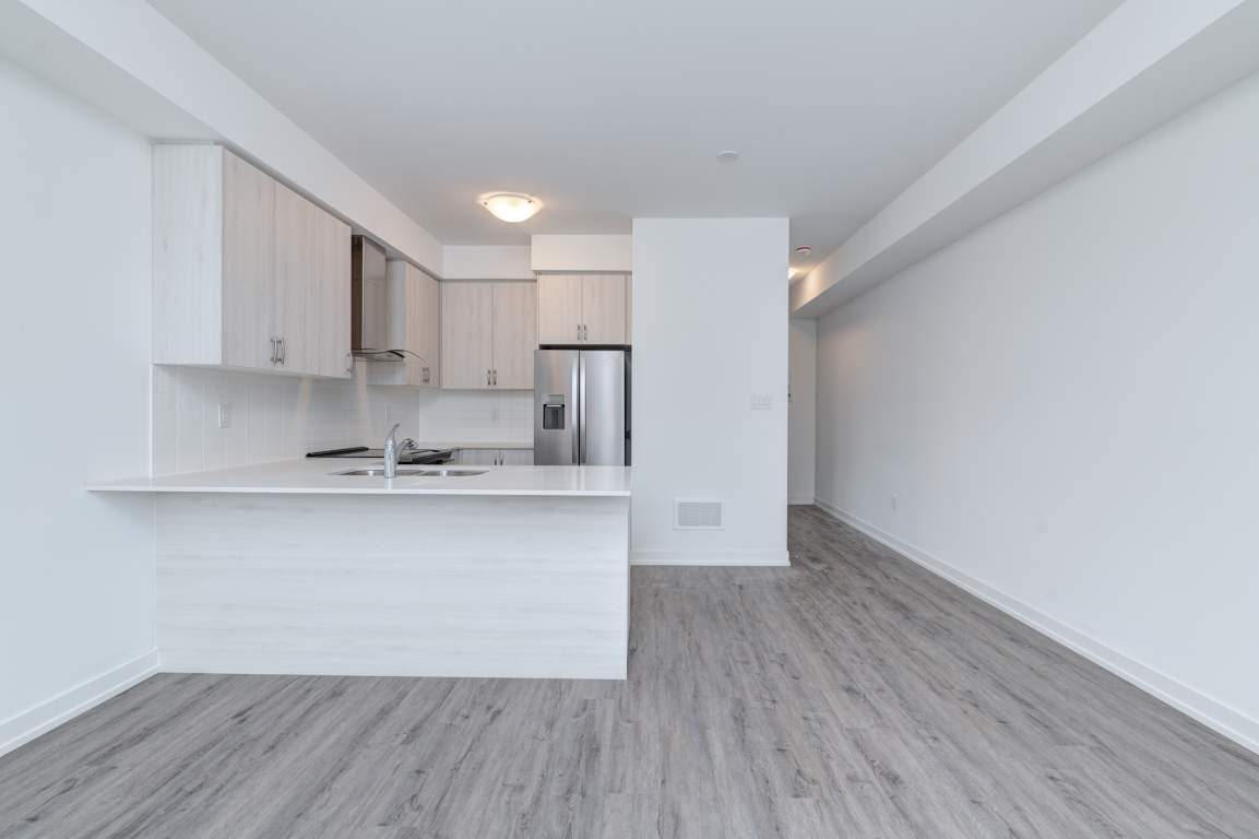 Vaughan Townhouse for rent, click for more details...