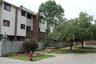 Kitchener Townhouse for rent, click for more details...