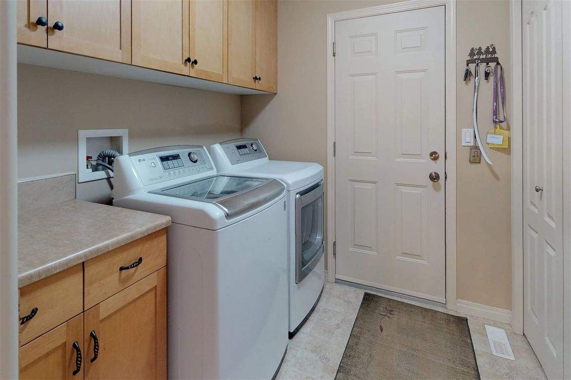 high-efficiency washer and dryer pair!!