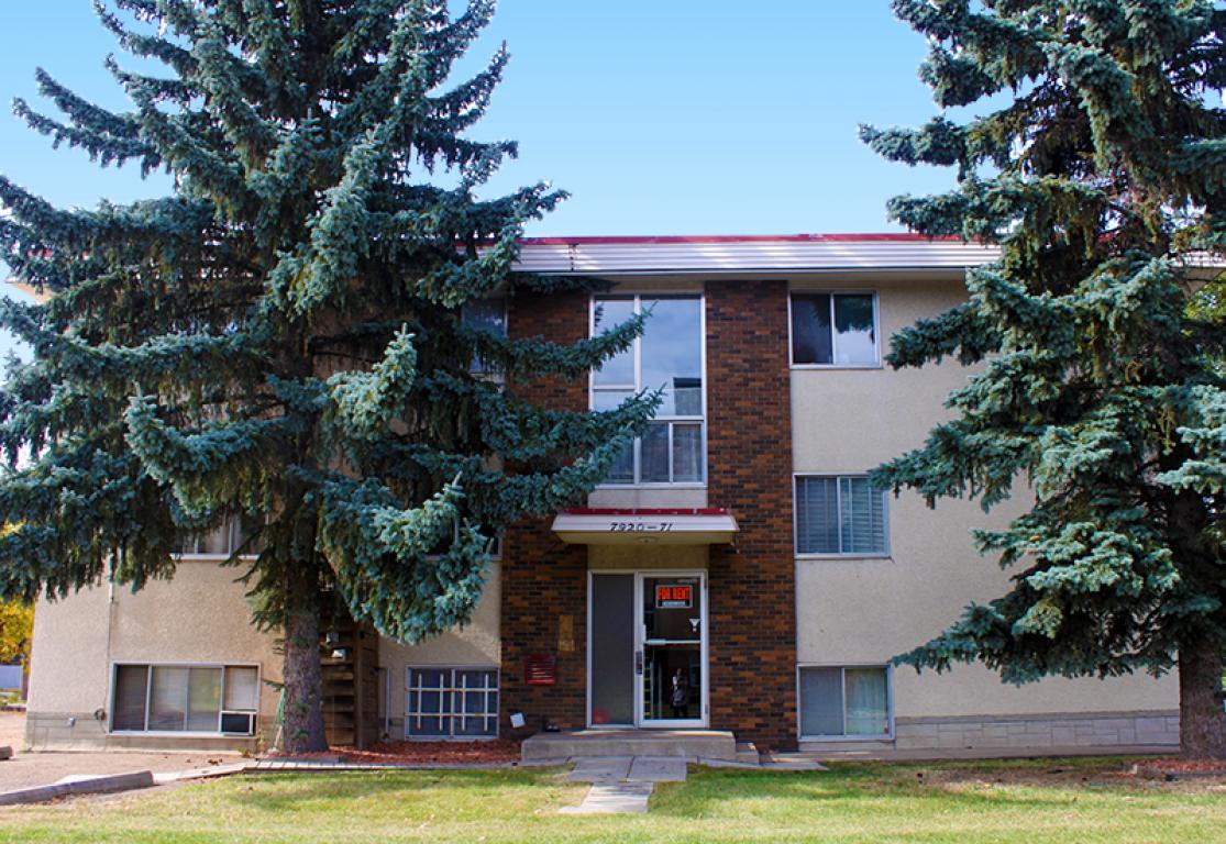 Edmonton South East 3 bedroom Apartment