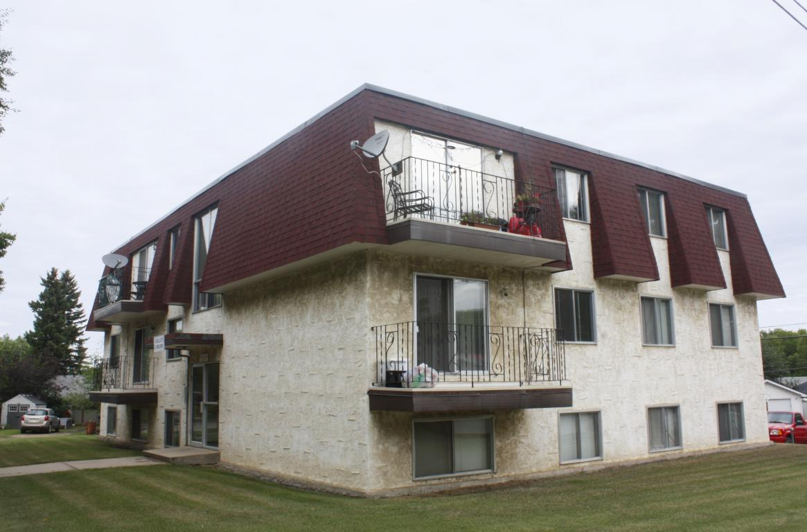 Camrose Alberta Apartment for rent, click for details...
