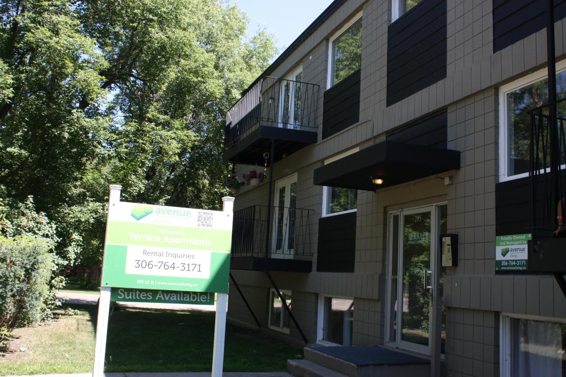 Prince Albert Saskatchewan Apartment for rent, click for details...