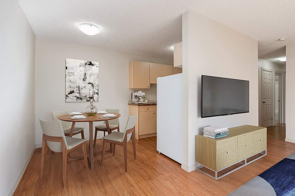 Brooks Apartment for rent, click for more details...