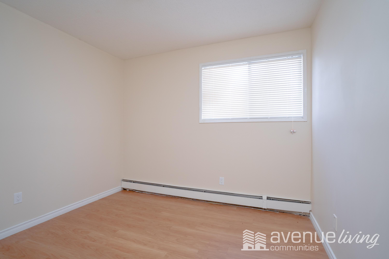 Arbor Green Apartments For Rent In Saskatoon Avenue
