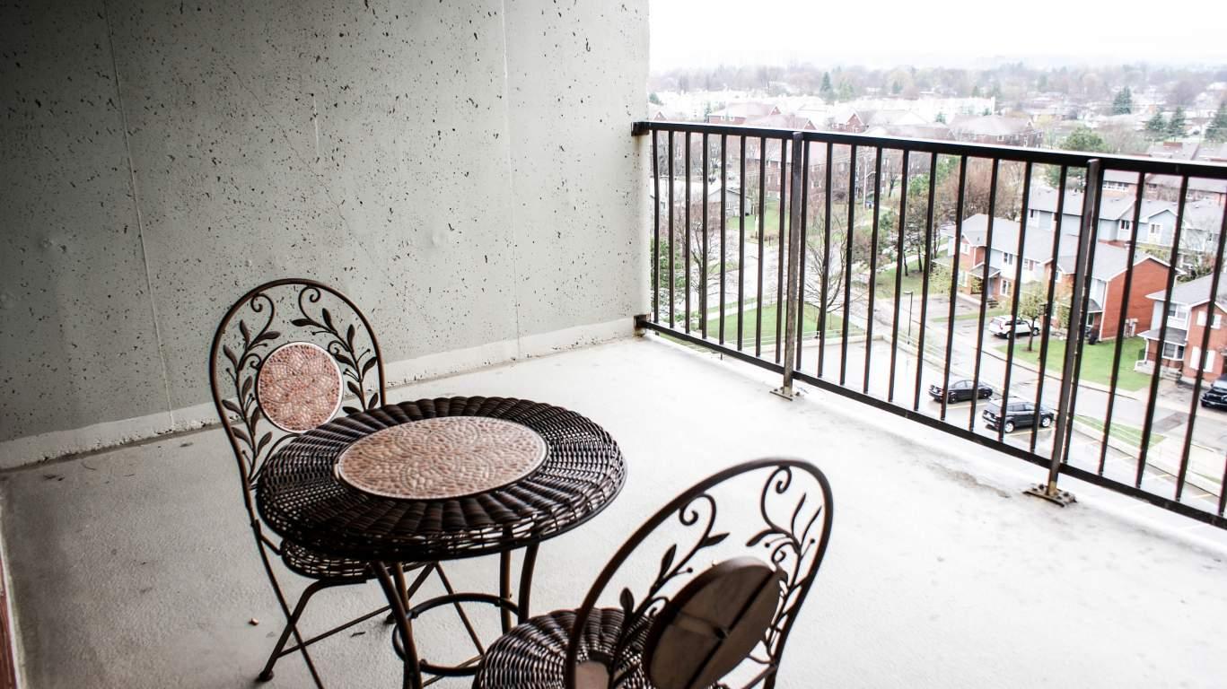 Balnar Management - Gresham Apartments - Kitchener, Ontario | Balnar