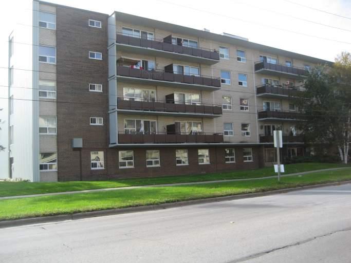 385 Gibb Street