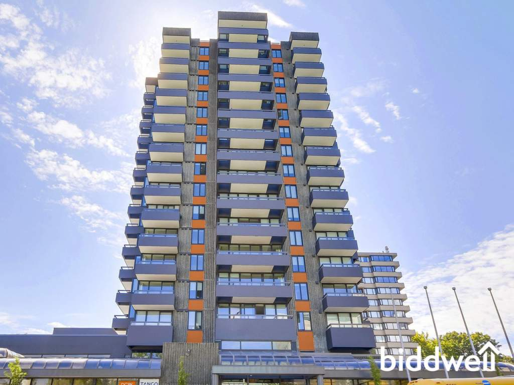 Vancouver British Columbia Apartment for rent, click for details...