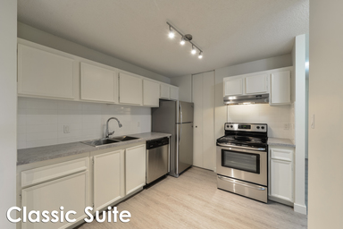 Home For Rent in  175 St. & 92 Ave. Nw, Edmonton, AB