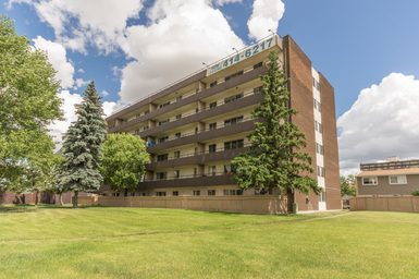 Apartment Building For Rent in  155 Royal Rd., Edmonton, AB