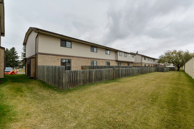 Home For Rent in  9633 180 St. Nw, Edmonton, AB