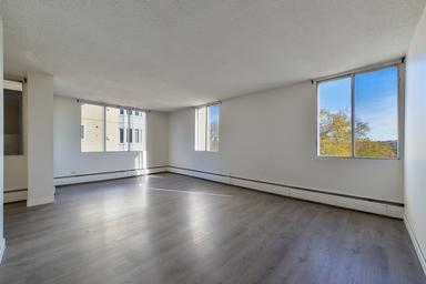 Apartment Building For Rent in  9624 105 St., Edmonton, AB