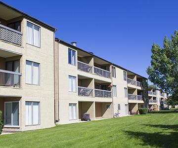 Airdrie Alberta Apartment for rent, click for details...