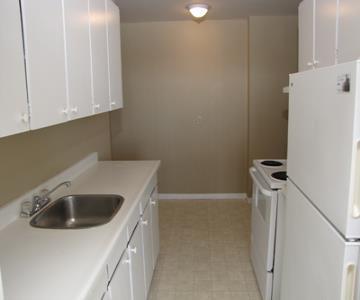 Kitchener Est 3 chambre à coucher Appartement