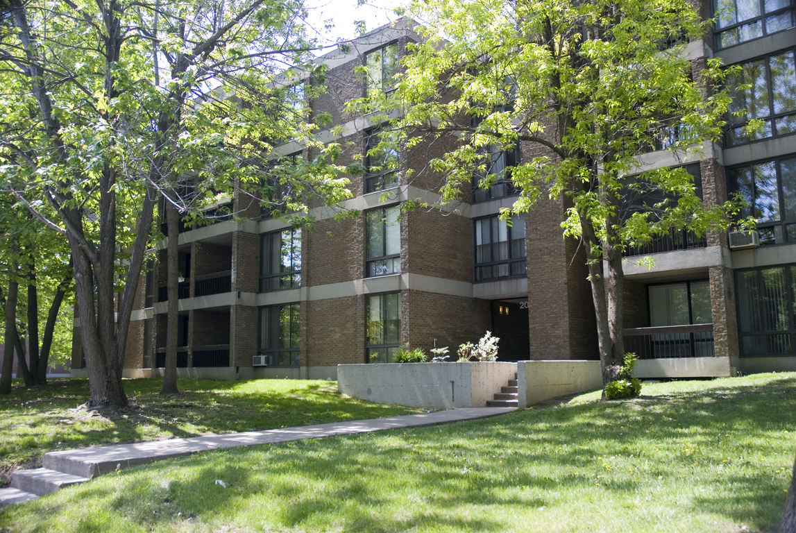 Verdun 3 bedroom Apartment For Rent