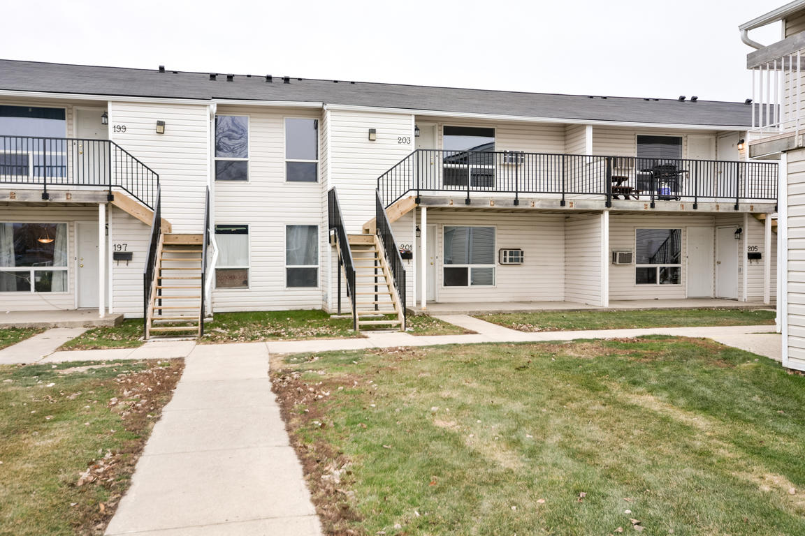 Regina South 2 bedroom Townhouse